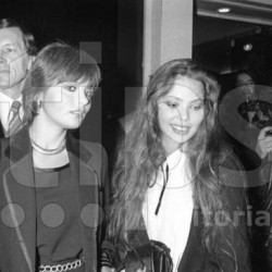 Орнелла Мути с сестрой Клаудией Ривелли (1978)