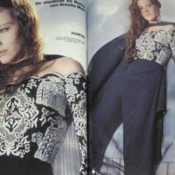На Орнелле Мути платье от Валентино