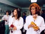 Софи Лорен и Орнелла Мути с игрушками и браслетами «Линии жизни»