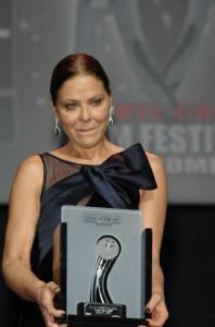 Ornella Muti con il Premio alla Carriera